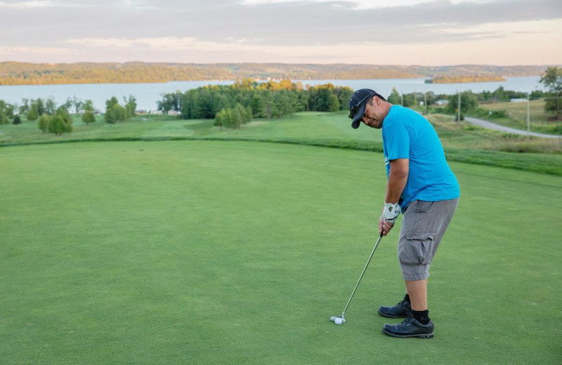 Golf at Great Blue Resorts- Bellmere Winds Resort.