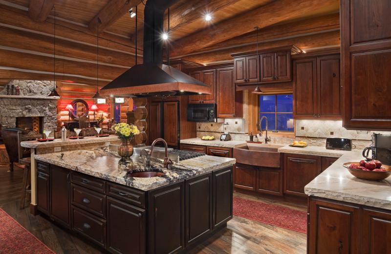 Rental kitchen at Moving Mountains.