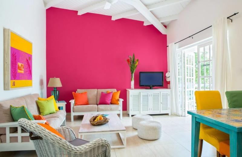 Guest living room at Boardwalk Vacation Retreat.