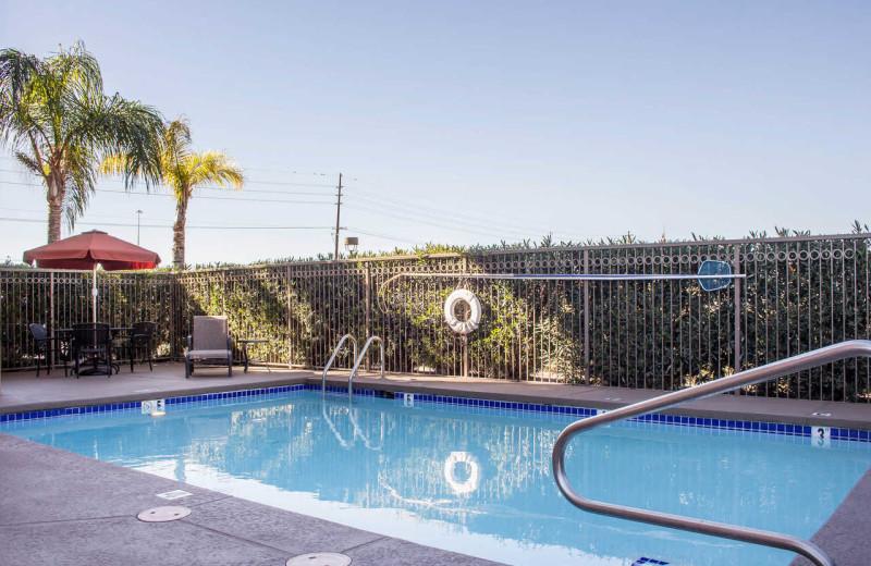 Outdoor pool at Comfort Inn & Suites Tucson.