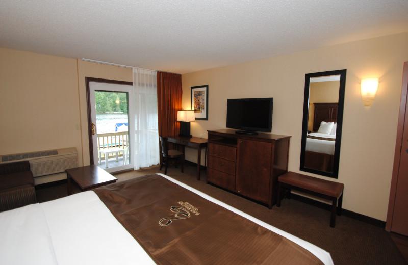 Guest room at Black Swan Inn.