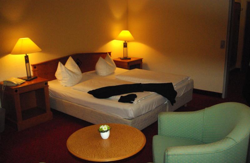 Guest room at Dorint Hotel Im Harz, Goslar-Hahnenklee.