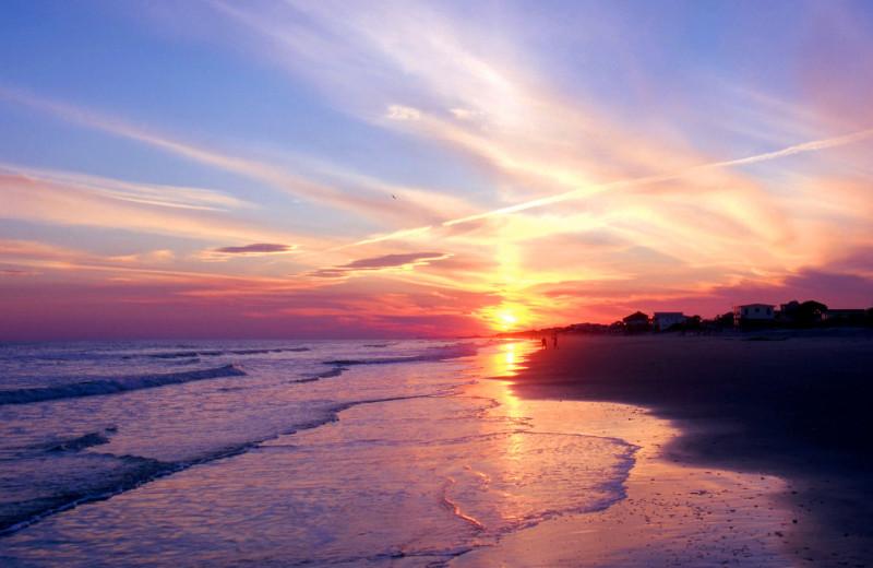 Beach sunrise at Ocean Isle Inn.