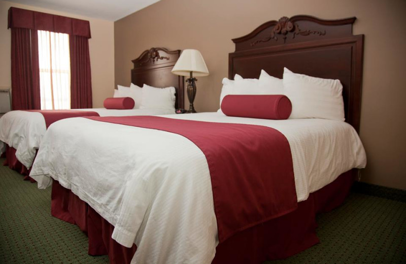 Guest room at Hotel Chequamegon.