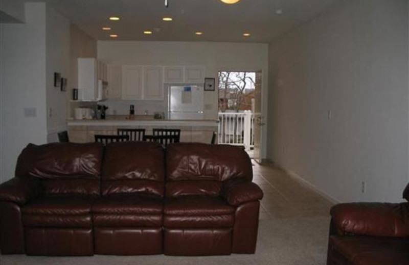 Living room at Robin's Resort.