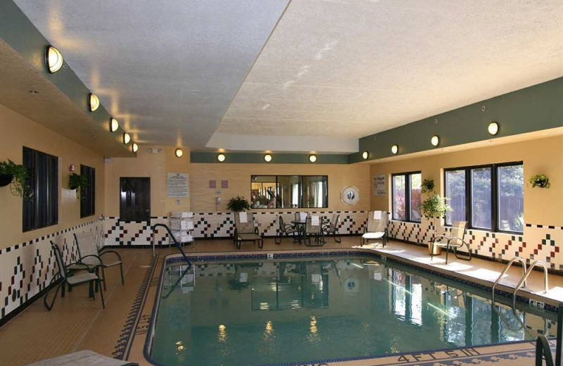 Indoor pool at Hampton Inn Midland.