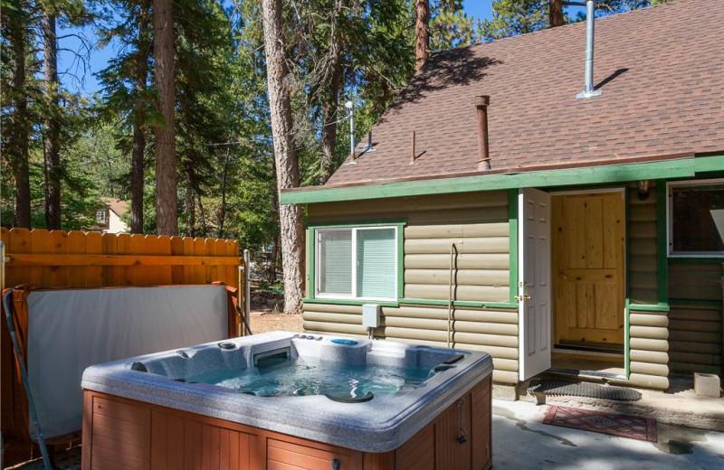 Rental hot tub at Big Bear Cool Cabins.