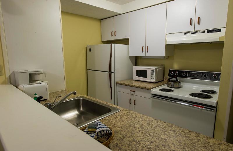 Guest kitchen at Black Bear Lodge.