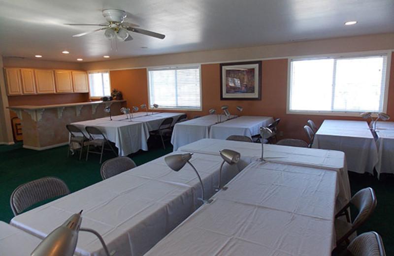 Group facilities at Vintage Lakeside Inn.