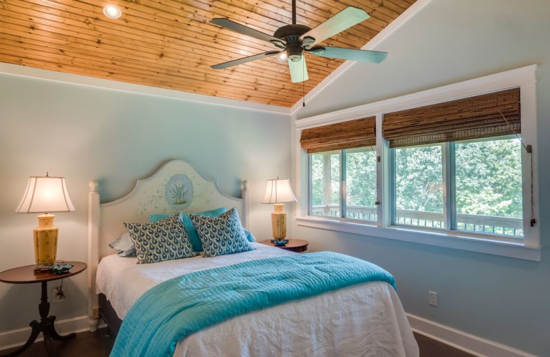 Rental bedroom at Chattanooga Vacation Rentals.
