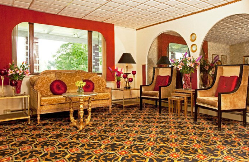Lounge Area at Villa Vosilla Resort