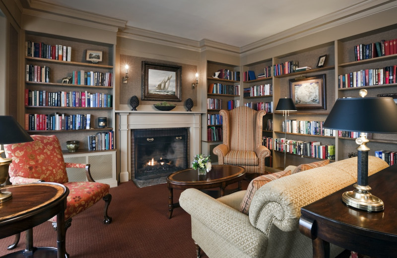 Library at Mountain View Grand Resort & Spa.