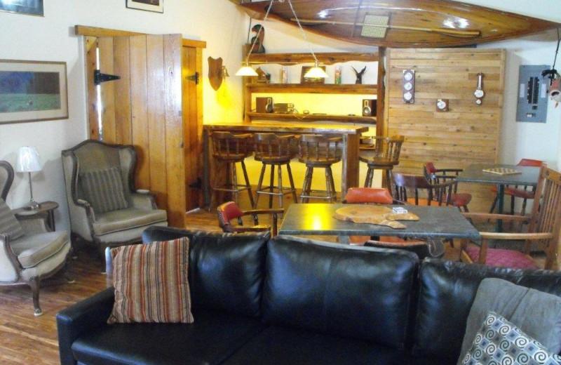 Lounge at Black Gold Lodge