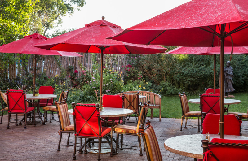 Outdoor dining area at Hotel Santa Fe