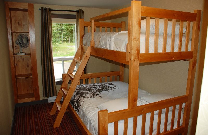 Guest bunk bed at Banff Rocky Mountain Resort.