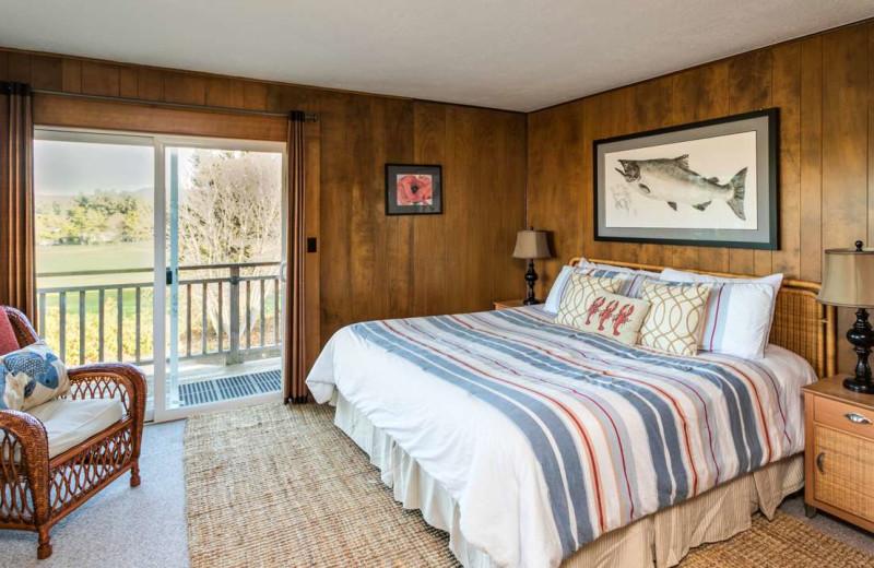 Rental bedroom at Gearhart by the Sea.