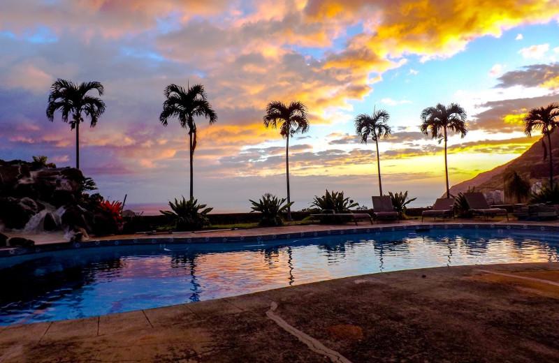 Rental pool at Hawaiian Vacation Rentals.