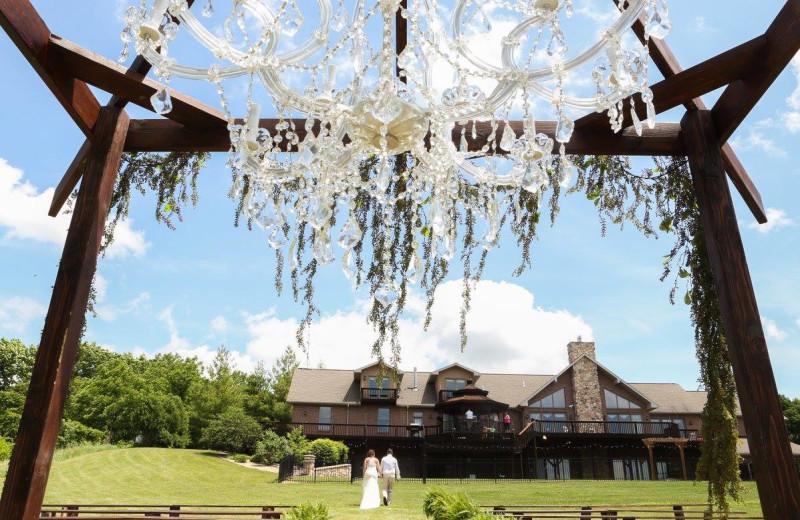 Weddings at Harpole's Heartland Lodge.