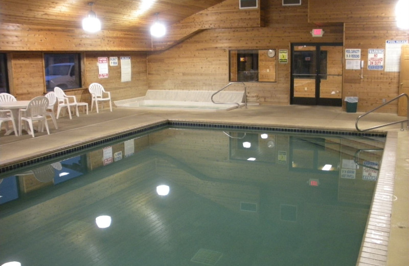 Indoor pool at Causeway on Gull.