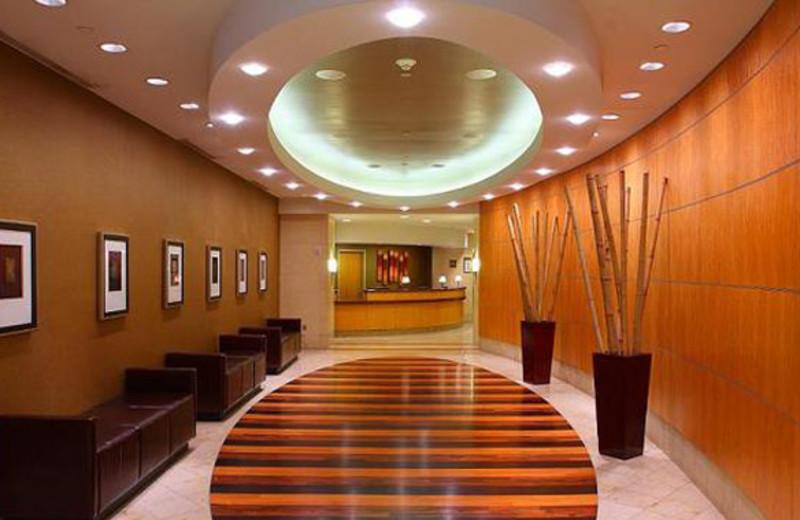 Lobby Area at Crowne Plaza Minneapolis