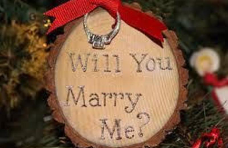 Honeymoon Getaways are popular in Red Cedar Lodge Cabins