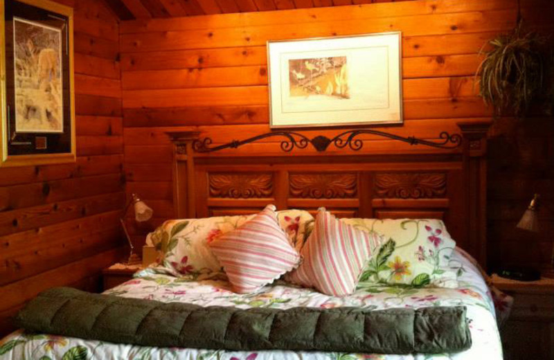 Guest room at Alaska Fireweed House Bed and Breakfast.