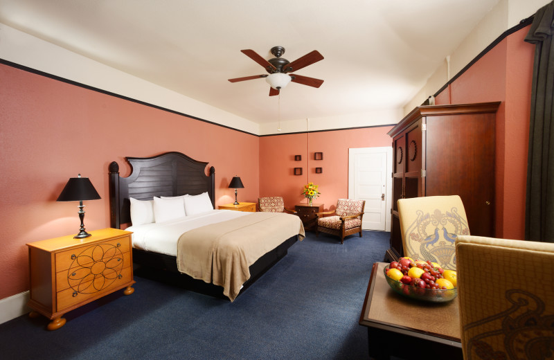 Guest room at 1905 Basin Park Hotel.