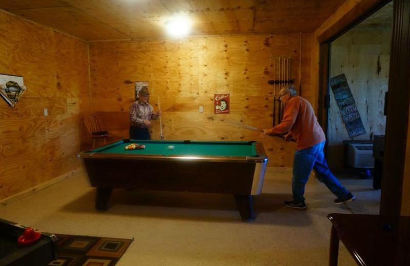Billiards at Granite Springs Lodge.