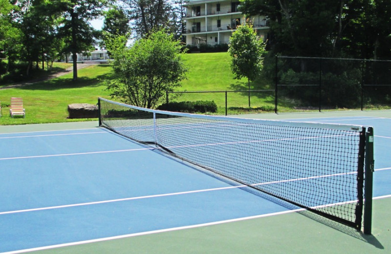 Tennis court at The Thompson House.