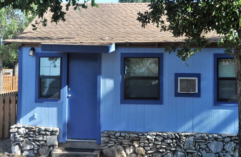 Cabin exterior at Cedar Lodge Texas.
