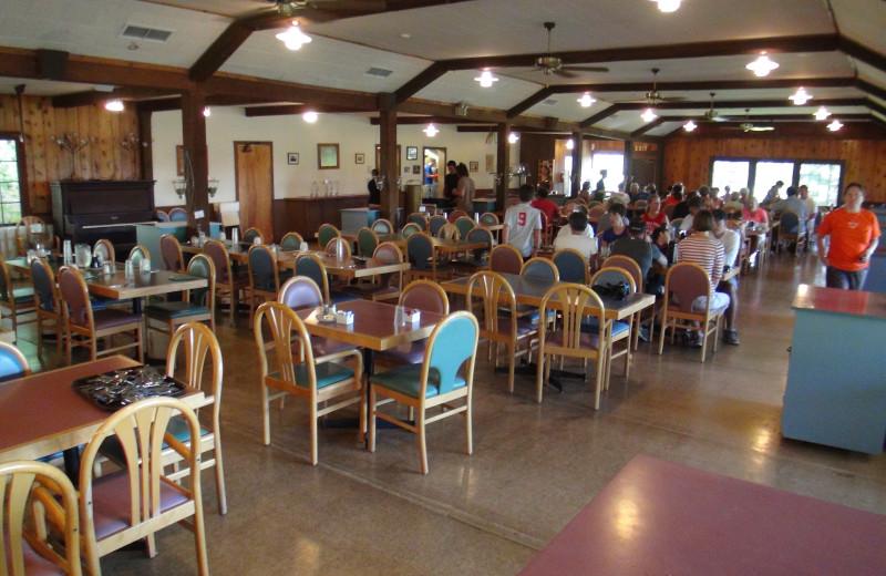 Dining at Fair Hills Resort.