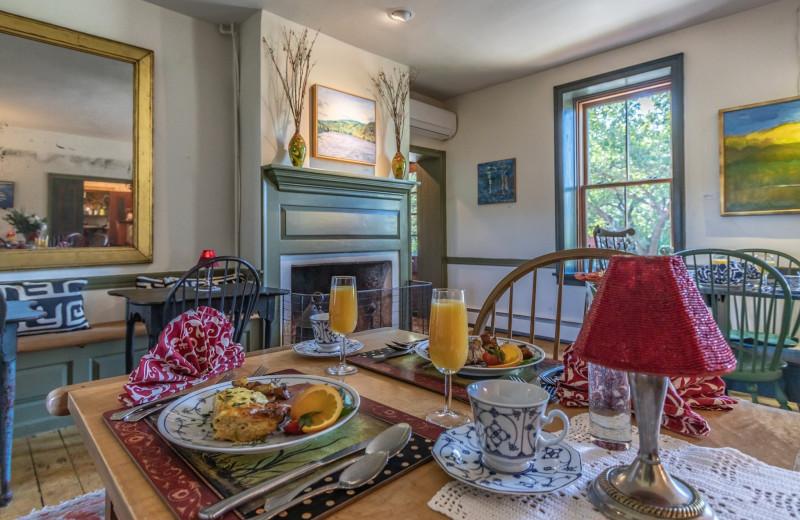 Breakfast at Bridgeton House on the Delaware.
