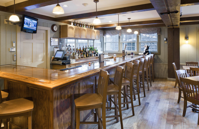 Bar at Steele Hill Resorts.