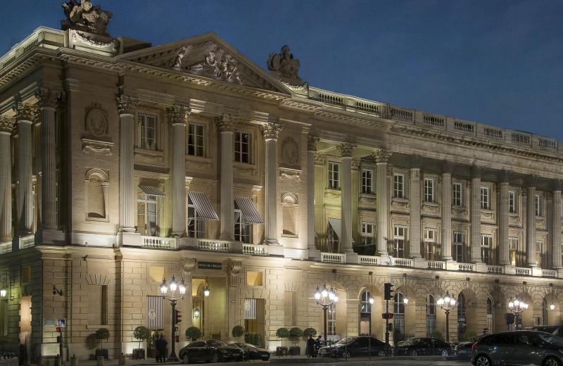 Exterior view of Hôtel de Crillon.