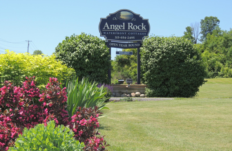 Exterior view of at Angel Rock Waterfront Cottages.