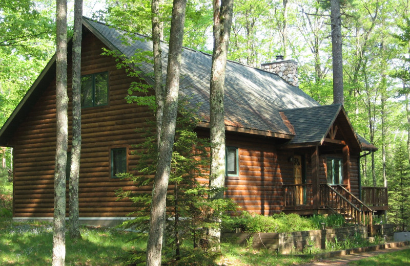 Cabin exterior at Northwoods Vacation Rentals.