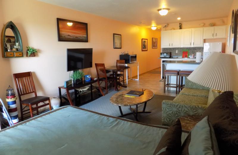 Guest room at Chautauqua Lodge.