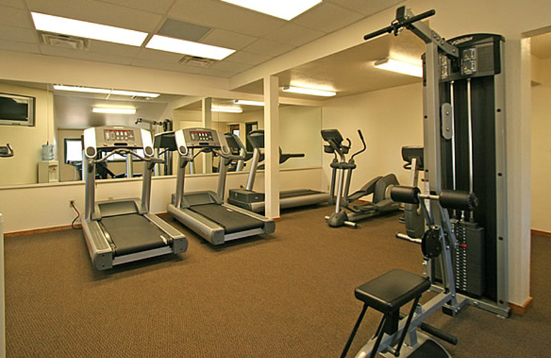 Fitness room at Aston Lakeland Village.