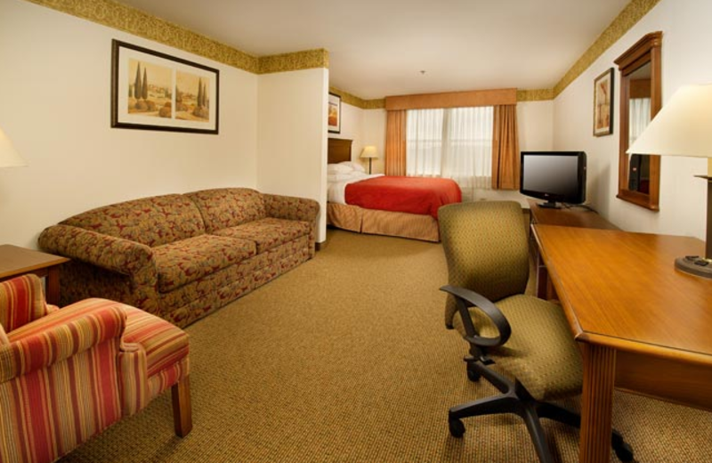 Guest suite at Country Inn & Suites Chambersburg.