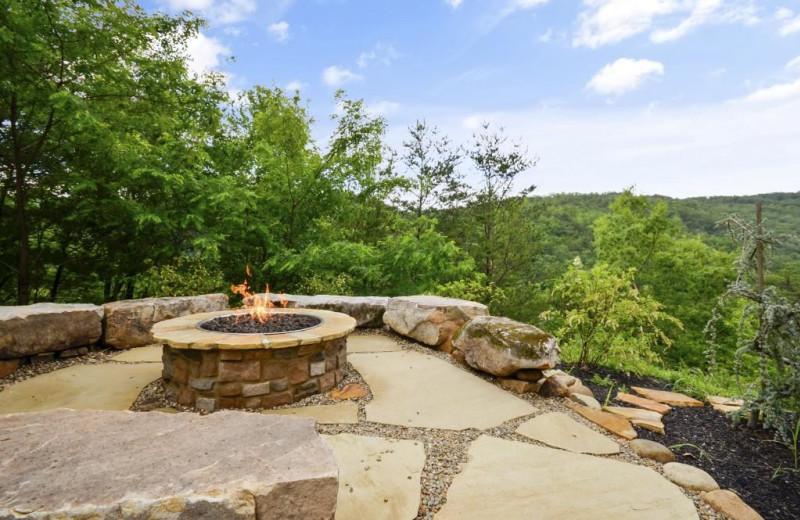 Rental fire pit at Stony Brook Cabins LLC.