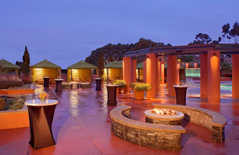 Pool and patio at Hyatt Regency La Jolla at Aventine.