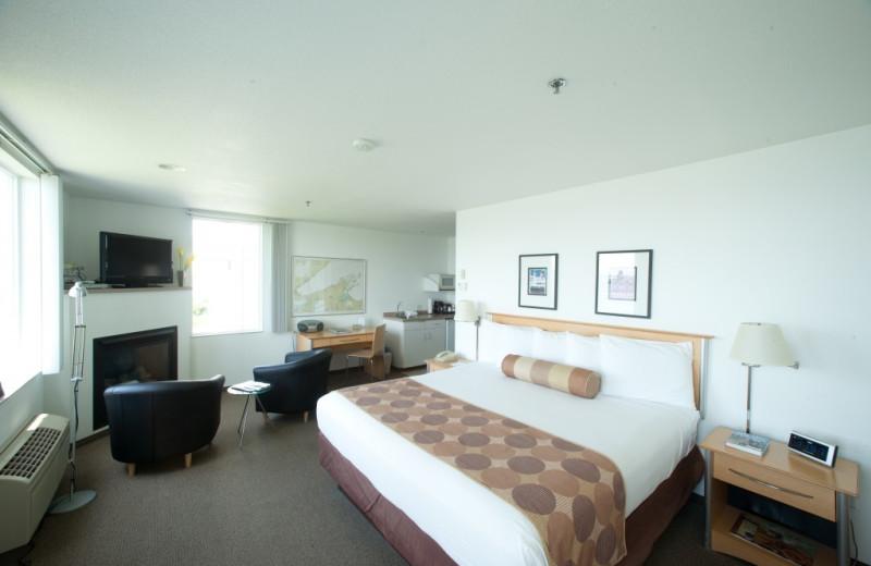 Guest room at South Pier Inn.