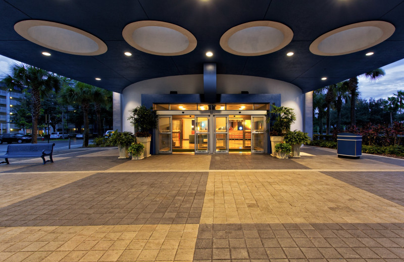 Entrance at Holiday Inn Resort Orlando Suites - Waterpark.