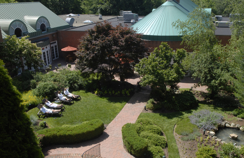 Grounds at The Spa at Norwich Inn.