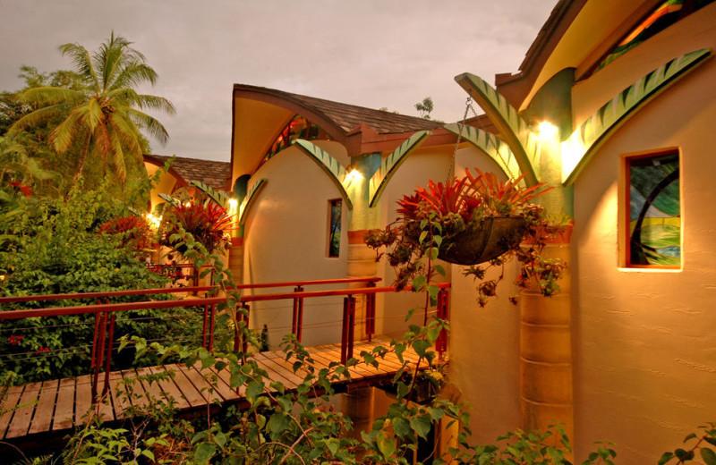 Exterior view of Si Como No Hotels and Villas.