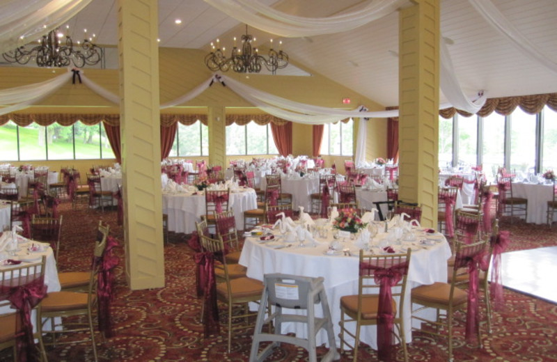 Wedding at Villa Roma Resort.