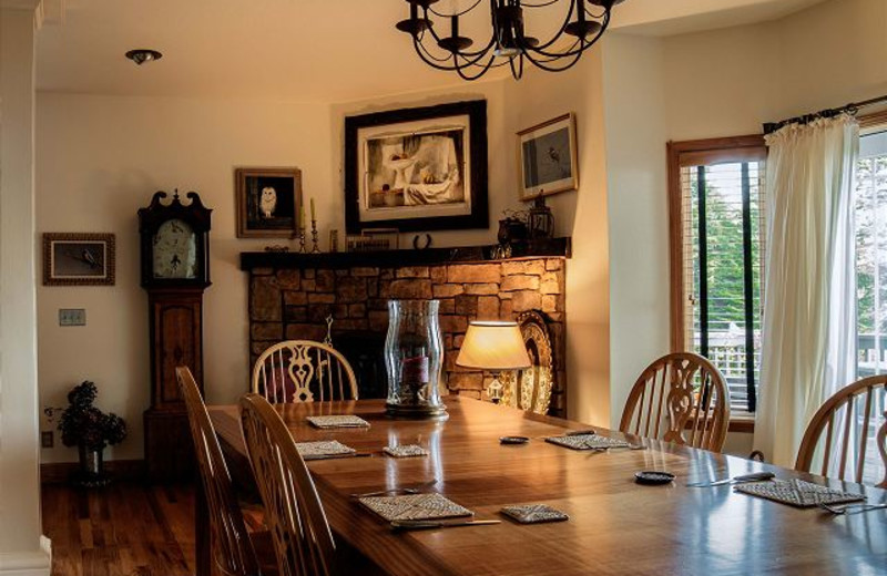 Dining room at Redwood Coast Vacation Rentals.