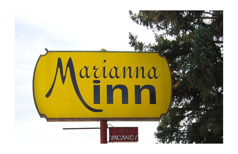 Welcome sign at Marianna Inn.