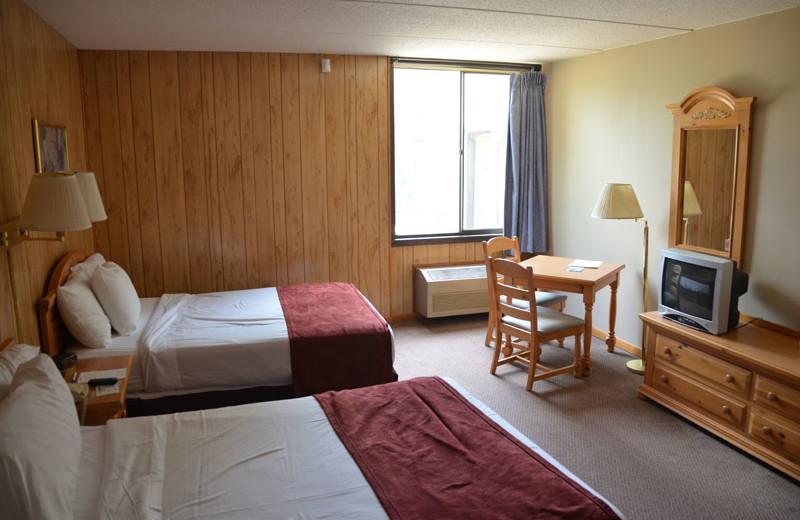 Guest bedroom at Devils Head Resort & Convention Center.