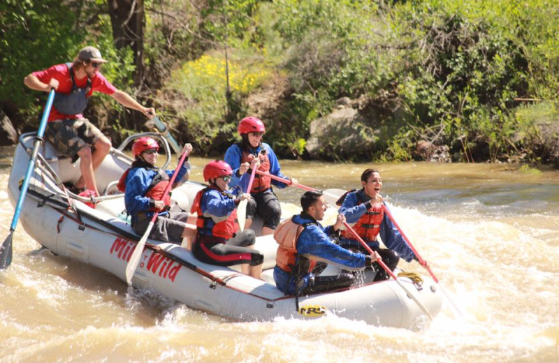 Family rafting at Pine River Lodge.